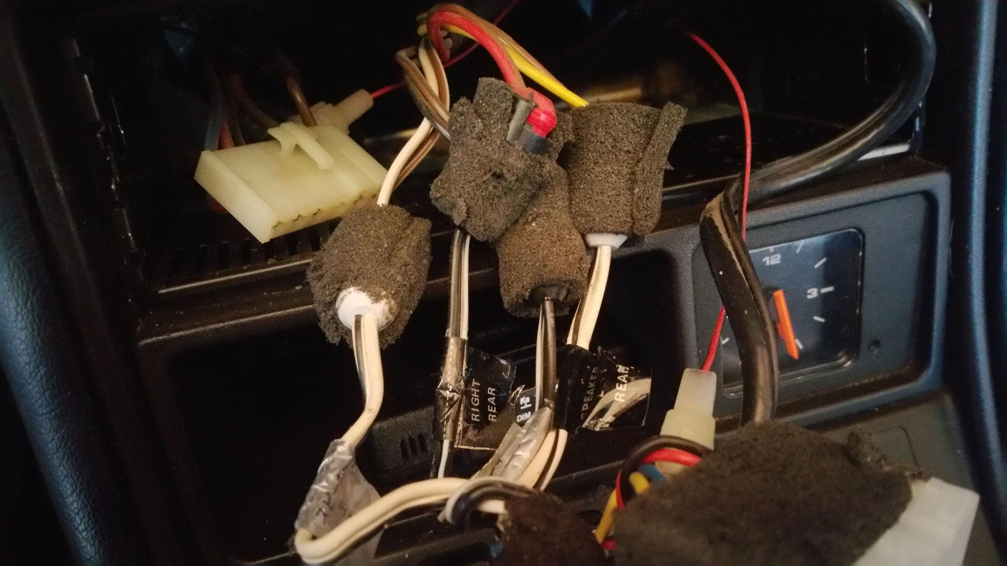 porsche cr 1 radio rennlist porsche discussion forums rh rennlist com CR 1 3N Battery CR 1 3N Battery