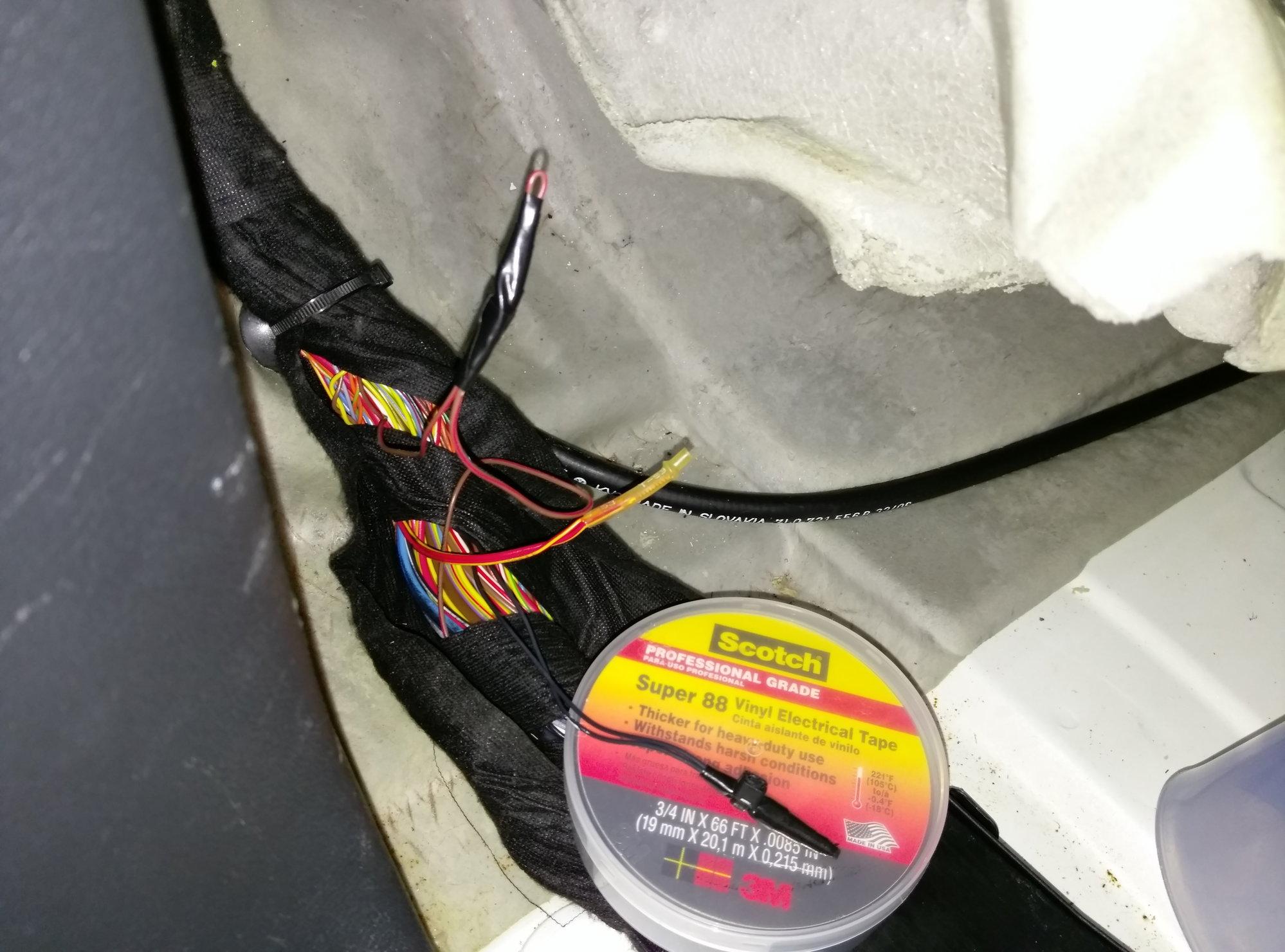 955/957/958 Cayenne DIY: Wiring problems due to moisture ... on