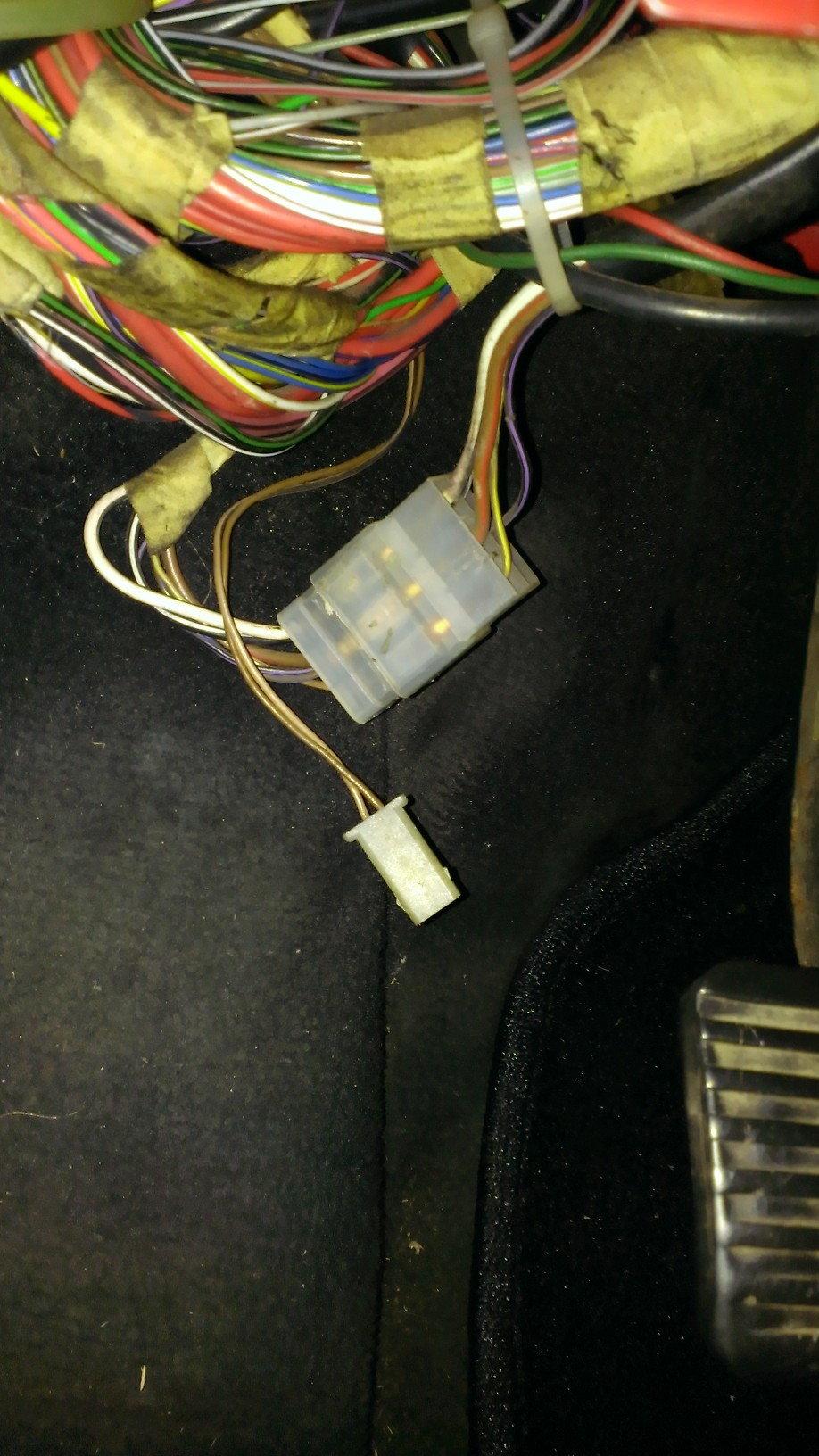 1983 944 tachometer clock and loose wires rennlist porsche rh rennlist com