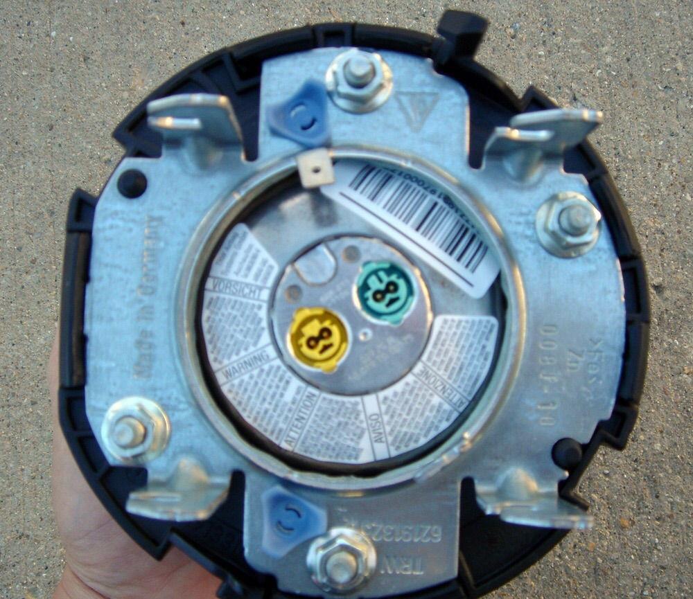 UPDATED: Process for 997 multifunction wheel swap / steering wheel ...