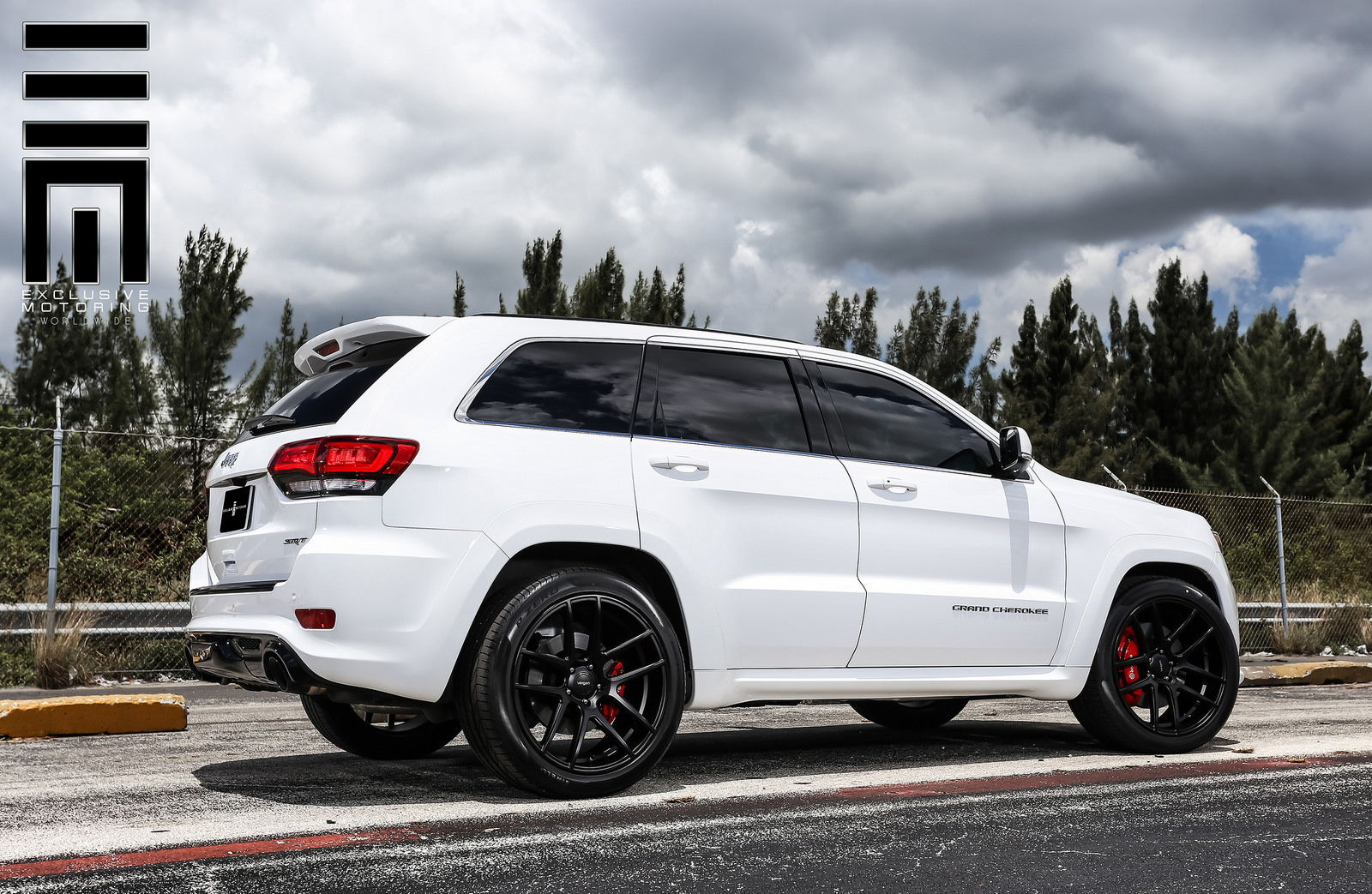 Jeep Cherokee Srt8 Velgen Wheels Vmb5 6speedonline Porsche Forum And Luxury Car Resource
