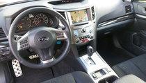 Subaru Legacy 2.5i Sport interior dash