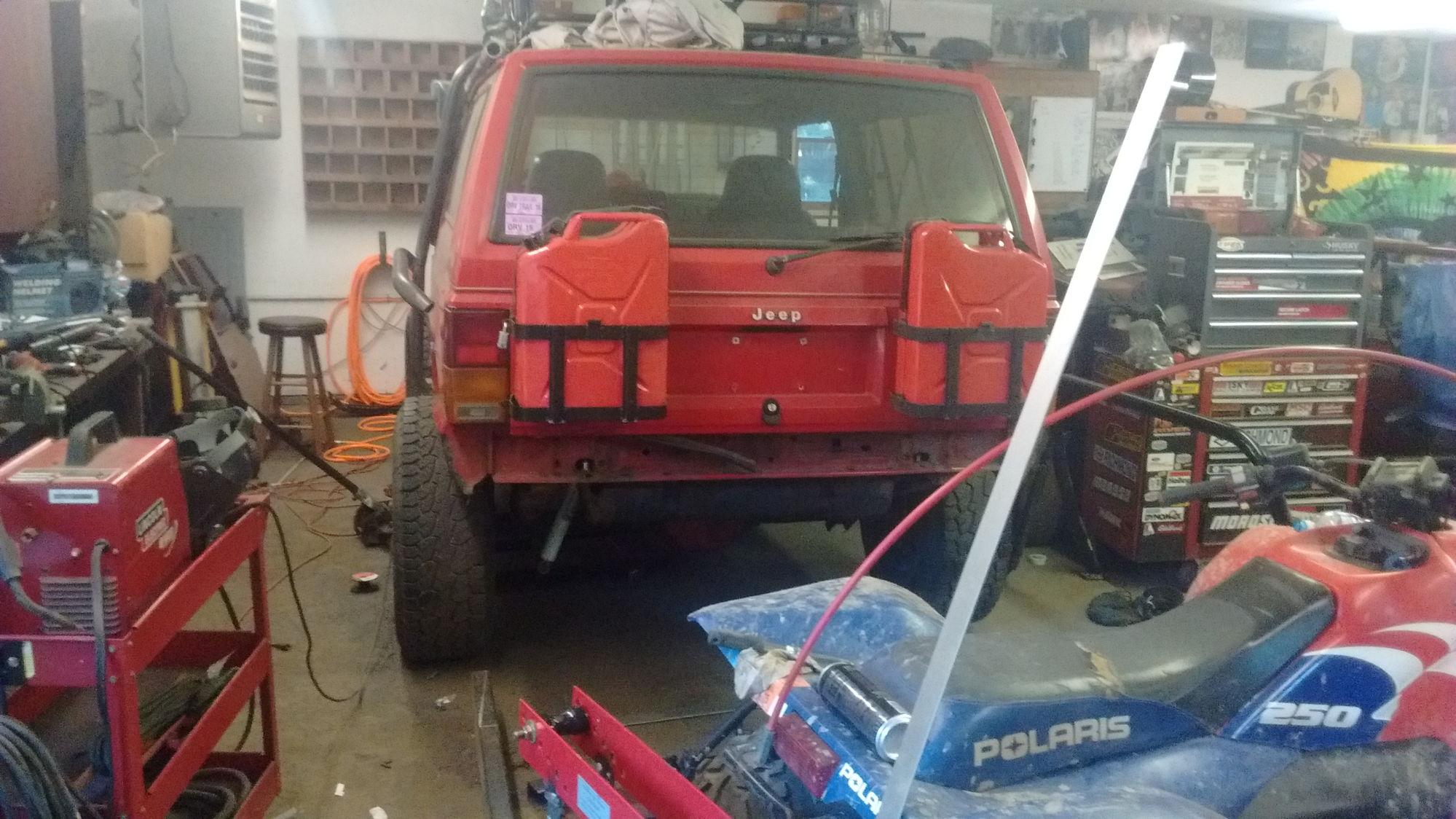 Img C E C C Fd Ca D C Ed Bf Dc on 1995 Jeep Cherokee Cut Top