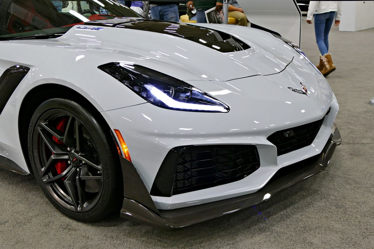 50Th Anniversary Corvette >> Ceramic Matrix Gray ZR1 at the 2018 Dallas Auto Show