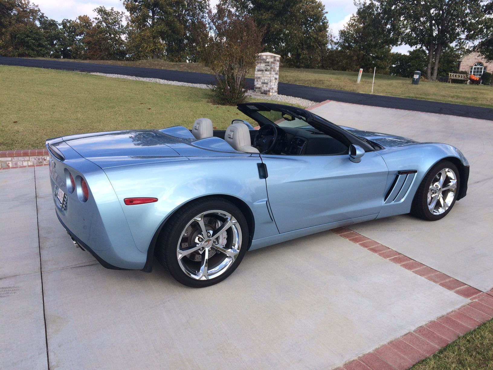 Who owns a Carlisle Blue Corvette? - Page 4 ...