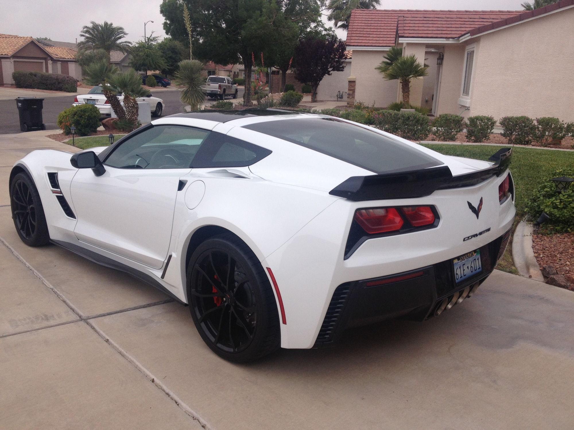 fs for sale 2017 grand sport c7 2lt artic white 265 miles corvetteforum chevrolet. Black Bedroom Furniture Sets. Home Design Ideas