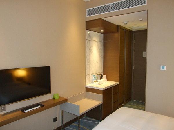 Requesting A Higher Floor Room In Hotel