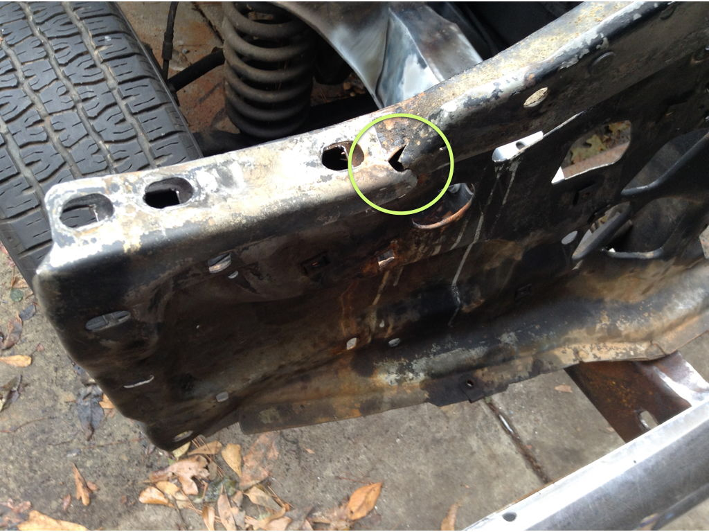 Also the frame attachment bracket was bent and less visibly in the orientation of attachment points for inner fenders outer fenders