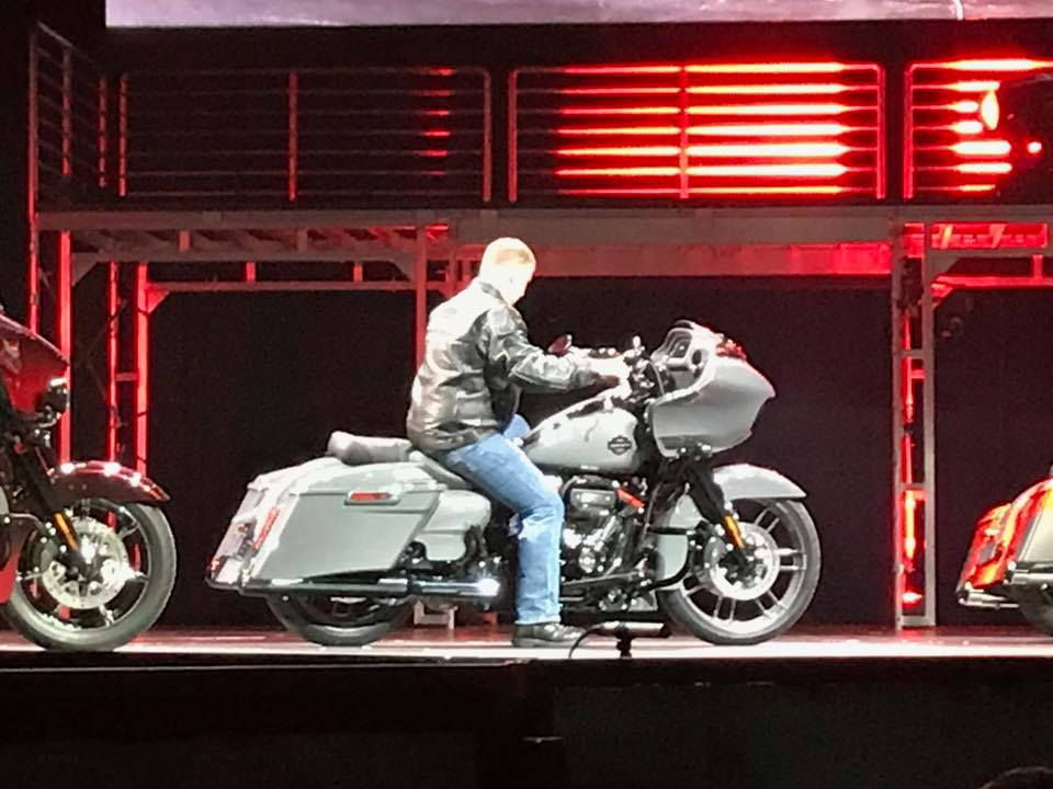 anyone see this leak on the 2018's? - page 17 - harley davidson forums
