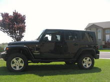 07 Sahara with Rubicon tires and wheels 3