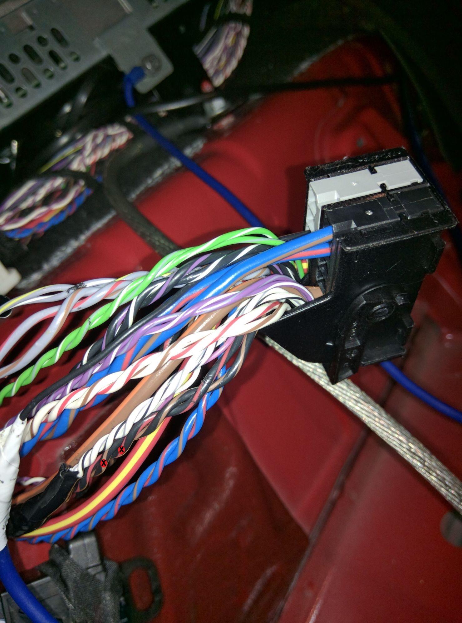 Quickie Subwoofer  U0026 Amplifier Instal F56 H U0026k