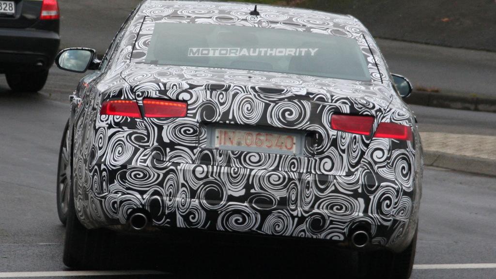 2011 Audi A8 spy shots