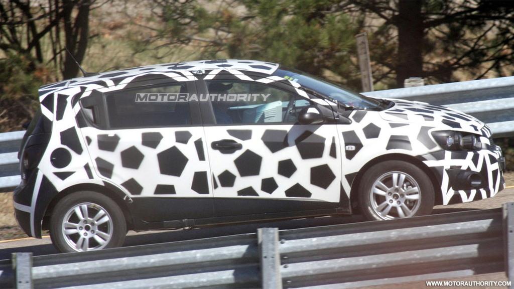 2011 Chevrolet Aveo Hatchback spy shots