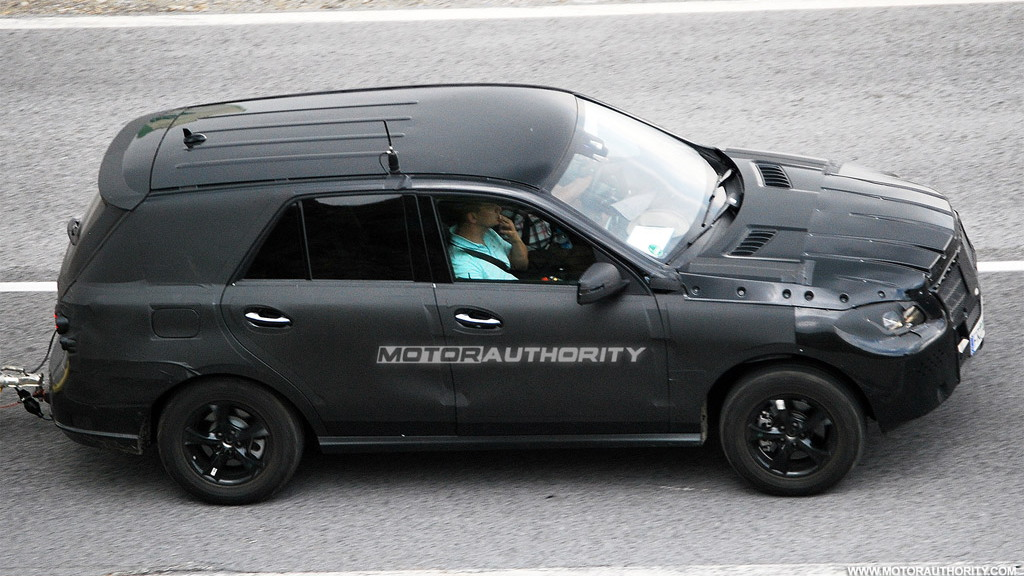 2012 Mercedes-Benz ML-Class spy shots