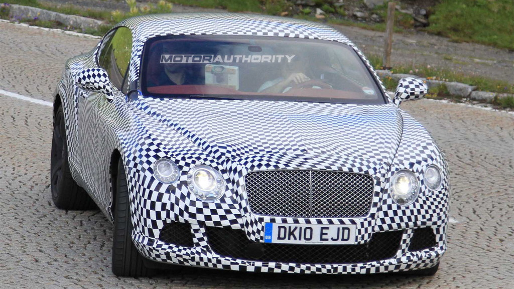 2011 Bentley Continental GT facelift spy shots