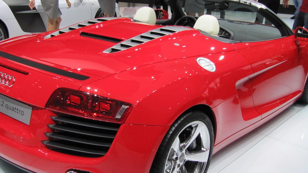 Audi R8 Spyder 4.2 FSI V-8