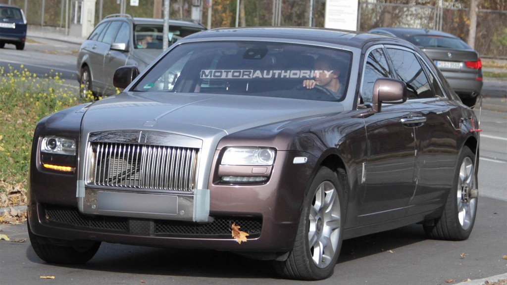 2012 Rolls-Royce Ghost Long Wheelbase spy shots