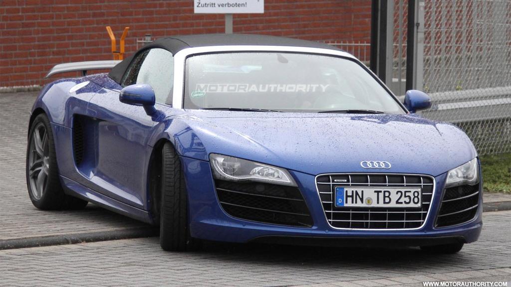 Audi R8 GT Spyder spy shots