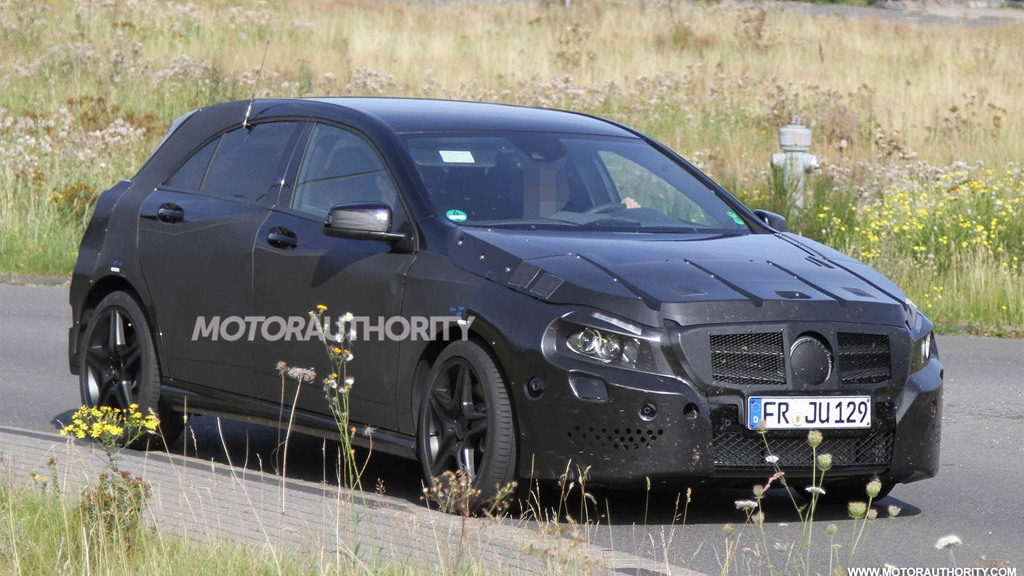 2013 Mercedes-Benz A25 AMG spy shots