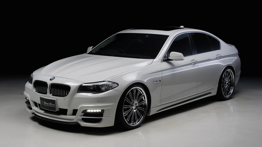 Toyo Tires customized Wald Black Bison 2011 BMW 5-Series