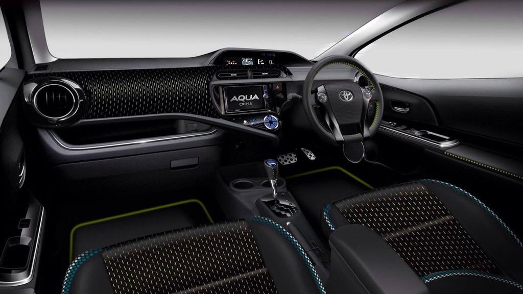 Toyota Aqua Cross concept, 2013 Tokyo Motor Show