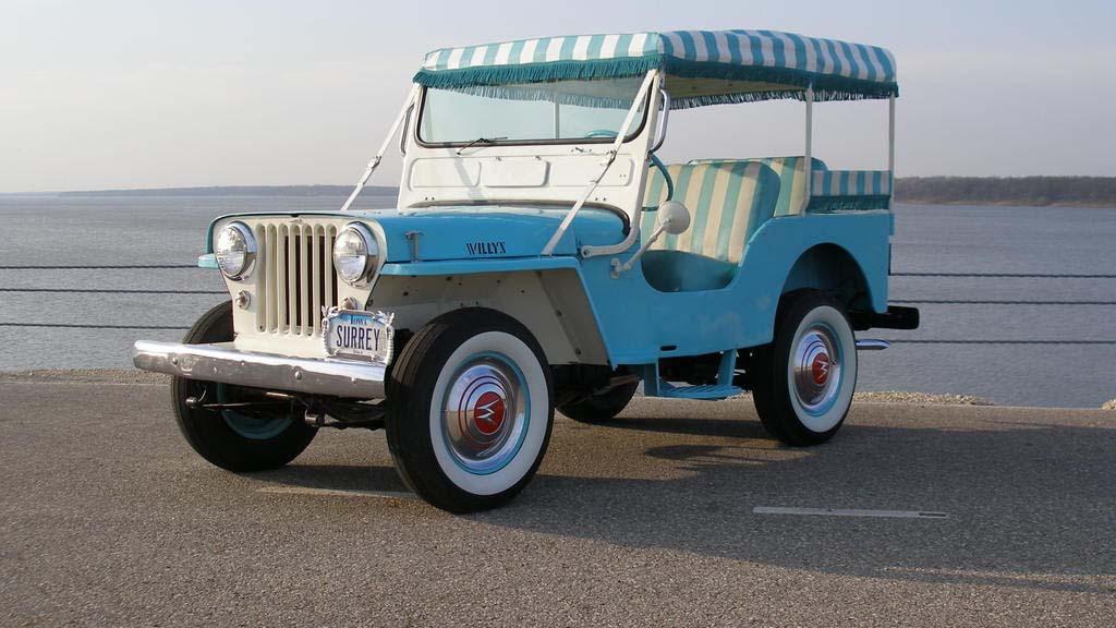 1964 Jeep DJ-3A Surrey