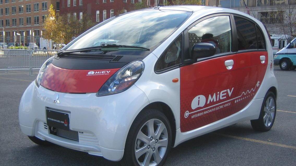 Mitsubishi i-MiEV electric car - front - December 2008