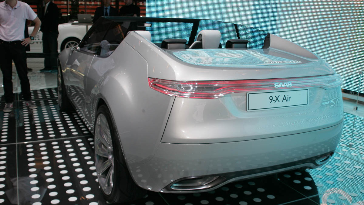 2008 saab 9 x air concept live paris 006