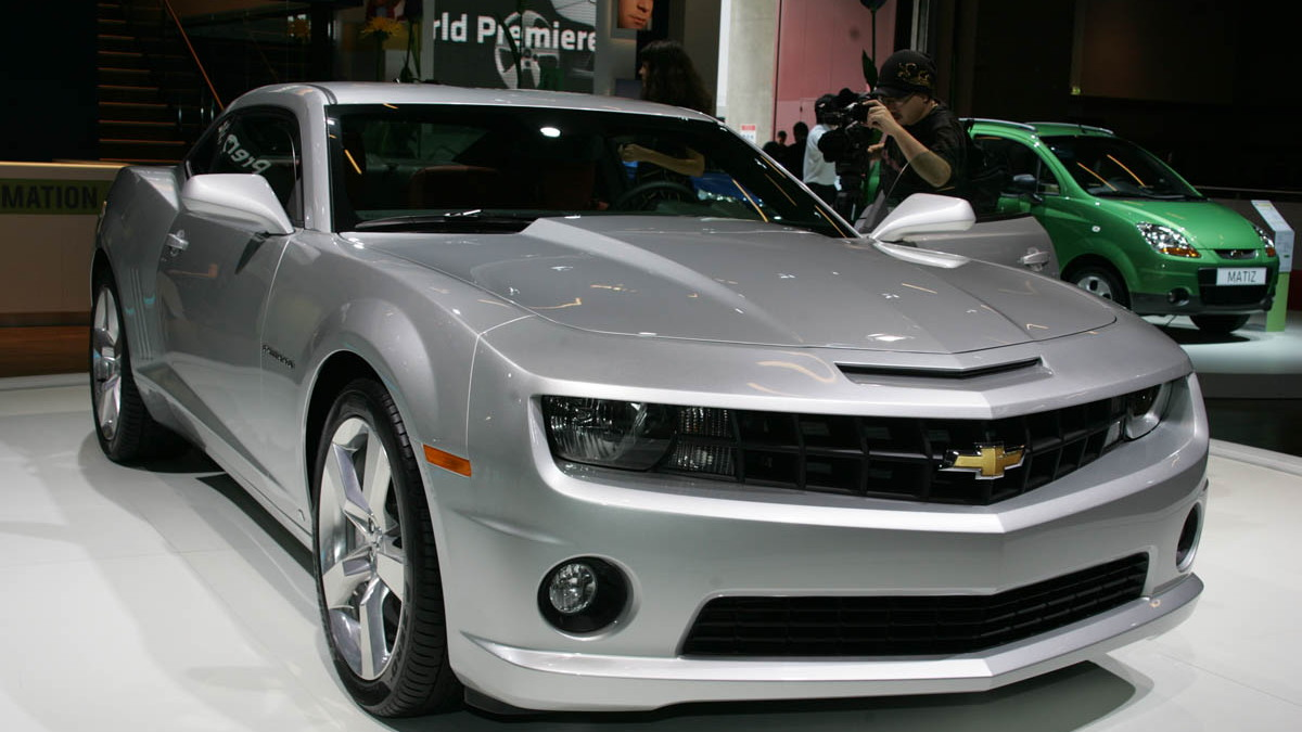 2010 chevrolet camaro live paris 004