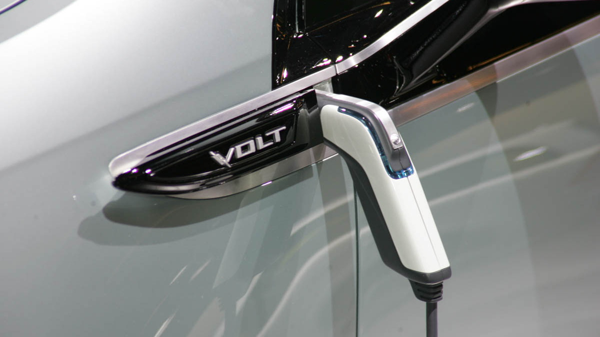 2010 chevrolet volt live paris 008