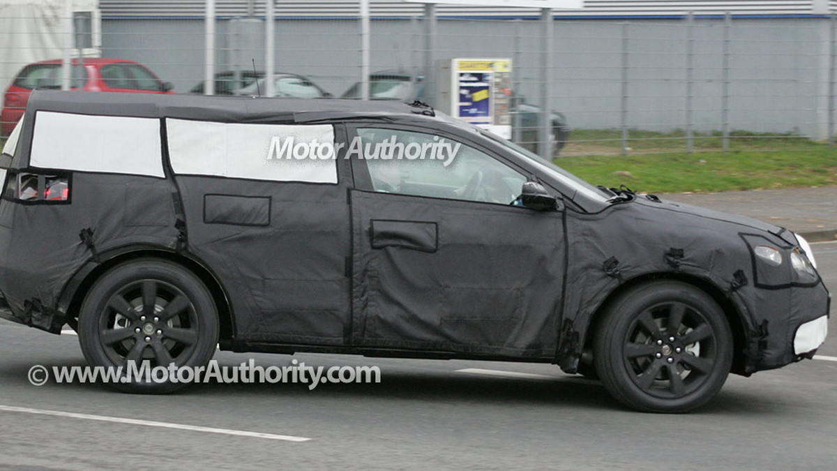 2010 acura crossover spy shots 003