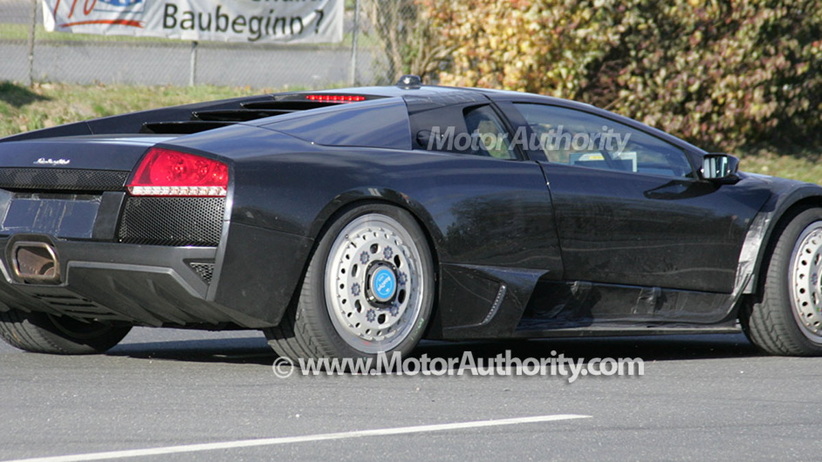 2011 next generation lamborghini murcielago spy shots oct 013