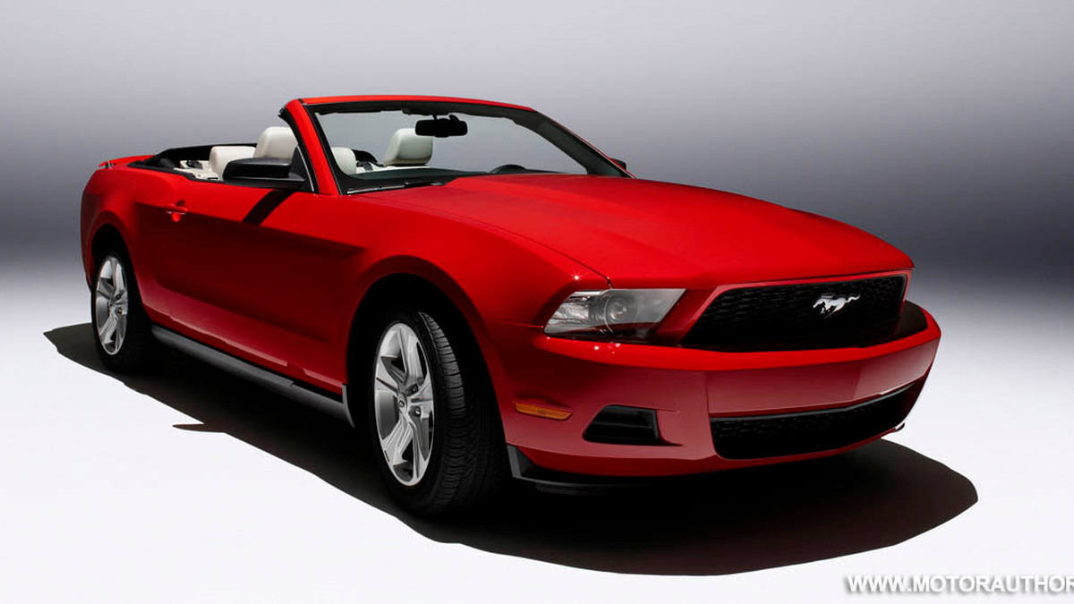 2010 ford mustang 012