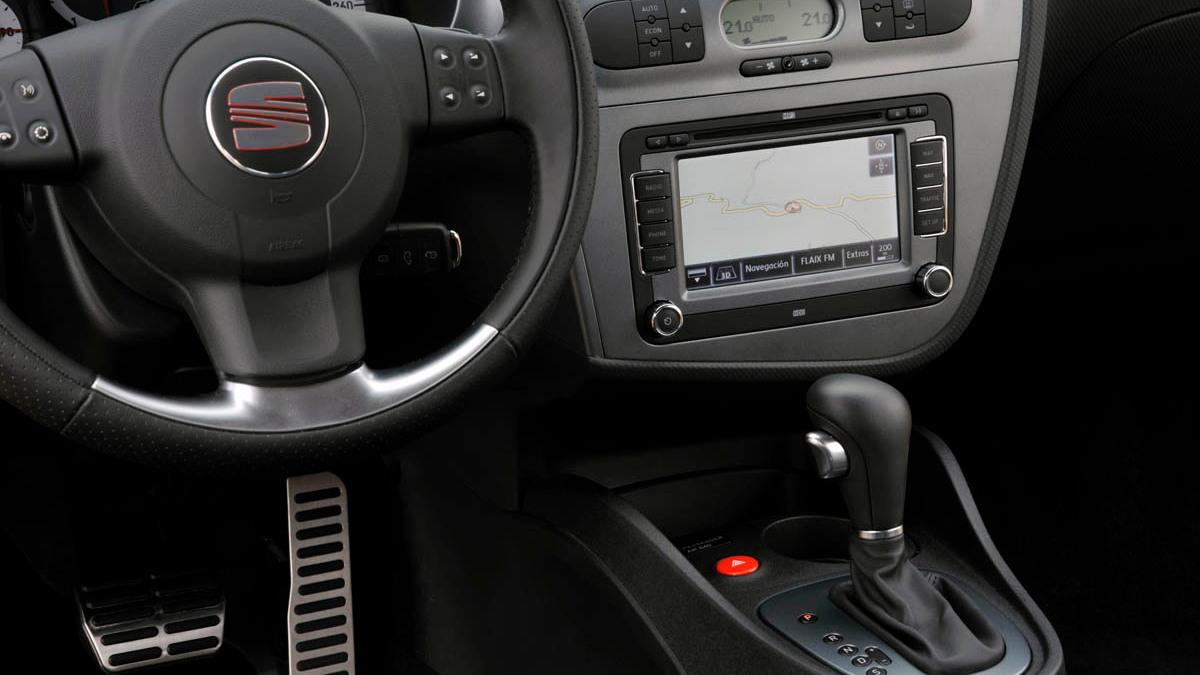 seat leon linea r hatch 029