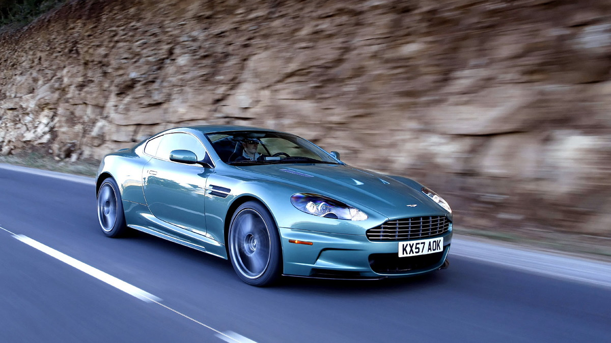 aston martin dbs first drive motorauthority 007