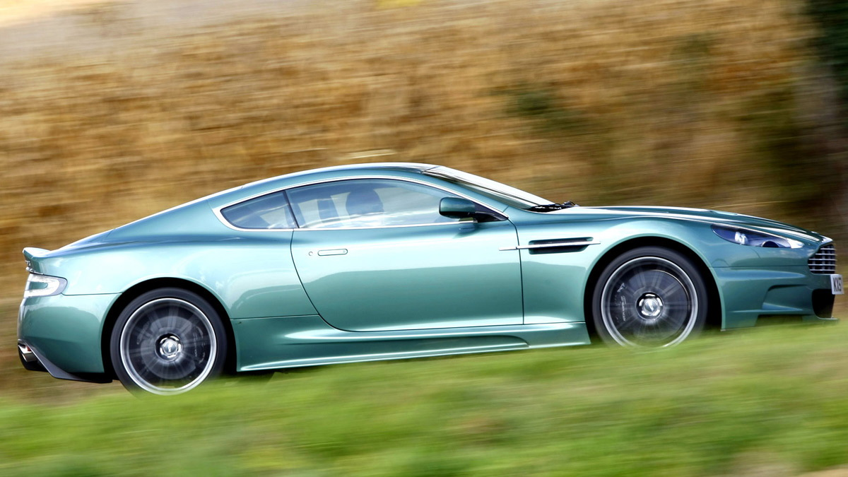 aston martin dbs first drive motorauthority 015