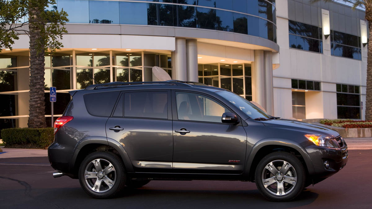 2009 toyota rav4 motorauthority 002