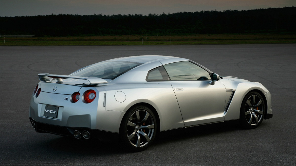 nissan gt r official1 motorauthority 005 1