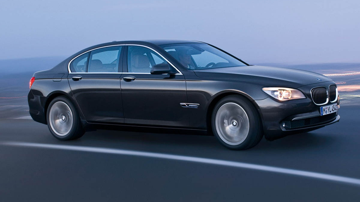 bmw 7 series hires leaks motorauthority 002 1