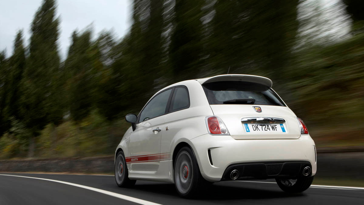 fiat abarth 500 opening motorauthority 005