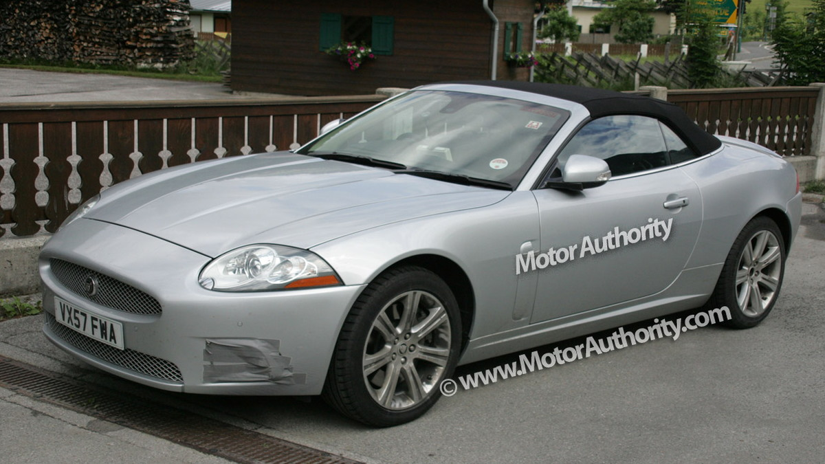 jaguar xk cabrio facelift motorauthority 002