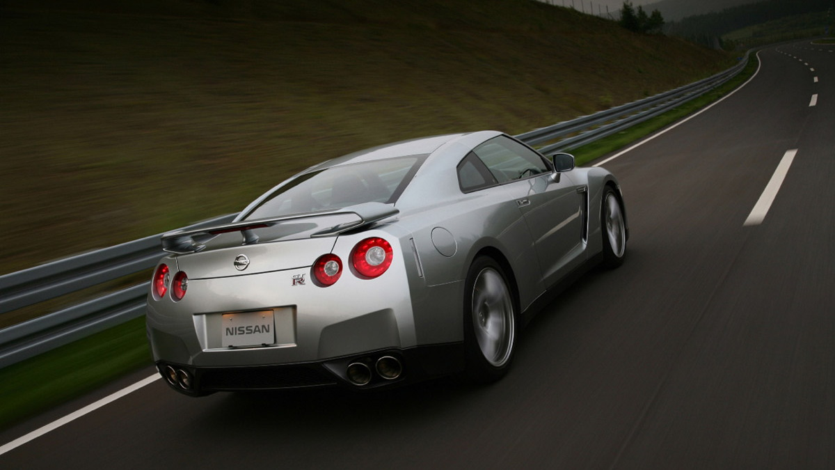 nissan gt r official1 motorauthority 004 3