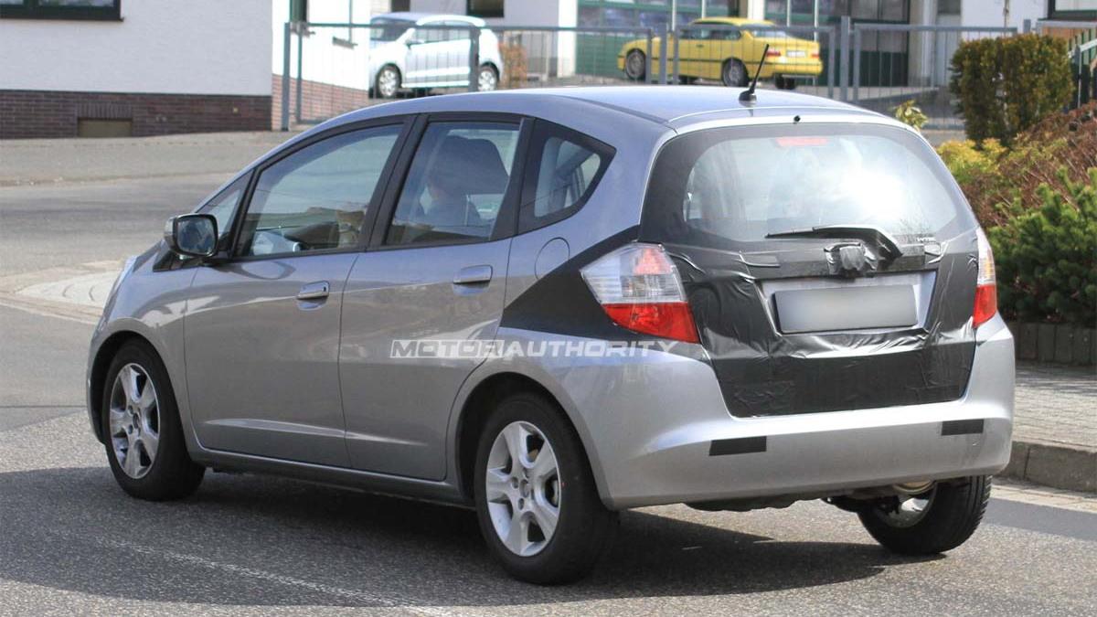 2011 Honda Fit Hybrid spy shots