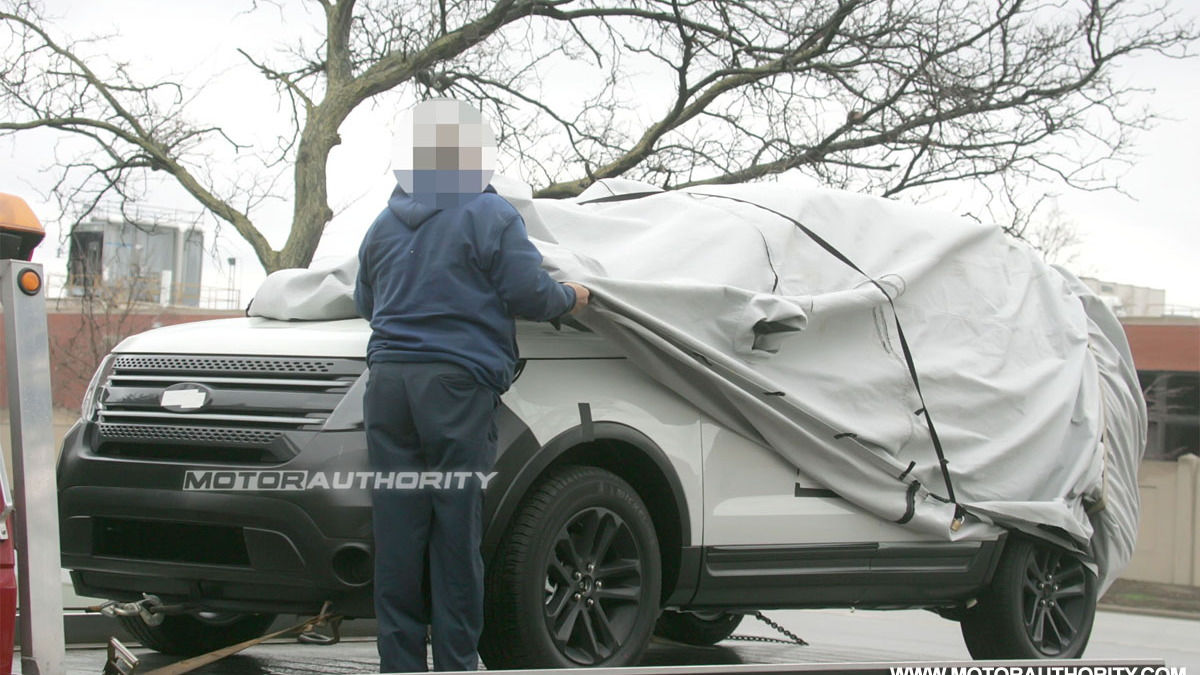 Spy Shots: 2011 Ford Explorer