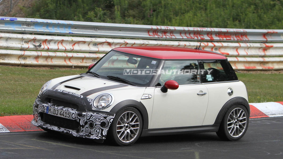 2012 MINI John Cooper Works Challenge Edition spy shots