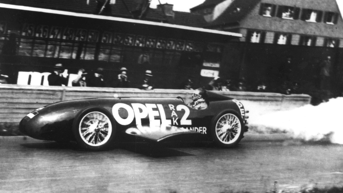 Scenes from Opel's history - Fritz von Opel breaks the land speed record in the Opel RAK2, 1928
