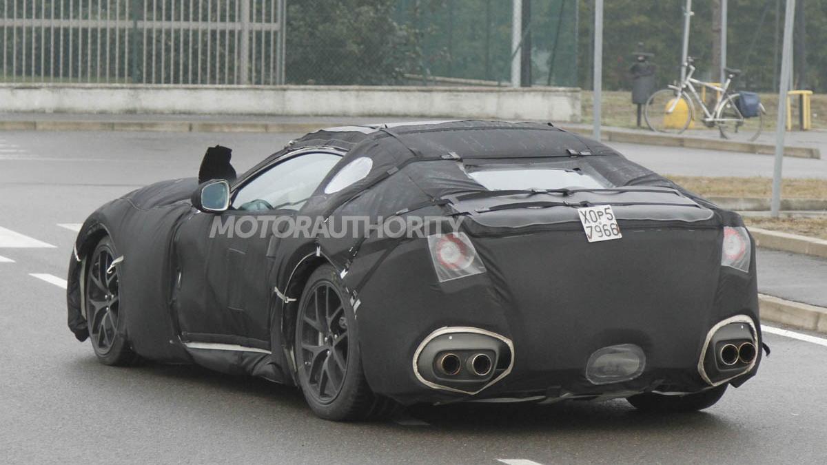 2013 Ferrari 599 replacement spy shots