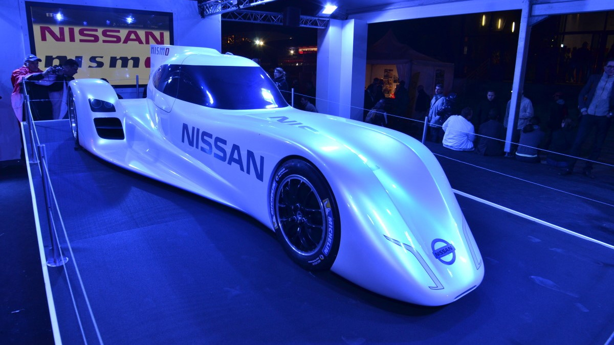 Nissan ZEOD RC electric race car live photos, 24 Hours of Le Mans, 2013
