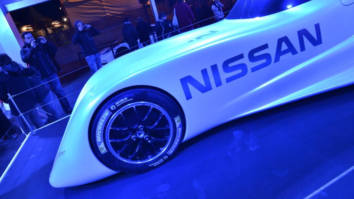 Nissan ZEOD RC electric race car live photos, 24 Hours of Le Mans, 2013