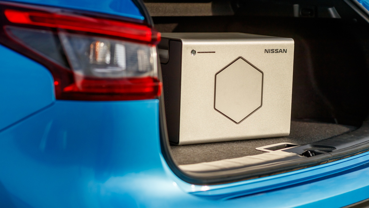 Nissan Energy ROAM portable battery in Britain with reused Nissan Leaf cells